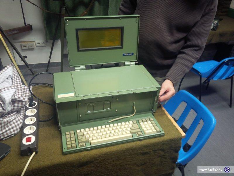 Korai (80-as évek) katonai PC.