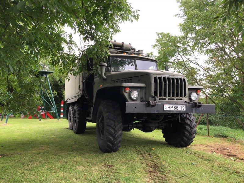 Ural 4320 -2