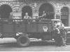 Indulás Gerecsére. A kép a HA5KBP-ről, a valamikori Központi klubról (Budapest, Engels tér) készült.