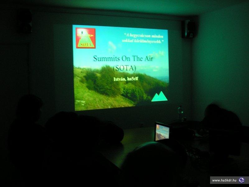 Summits On The Air (SOTA) 5clf István prezijének nyitó oldala.