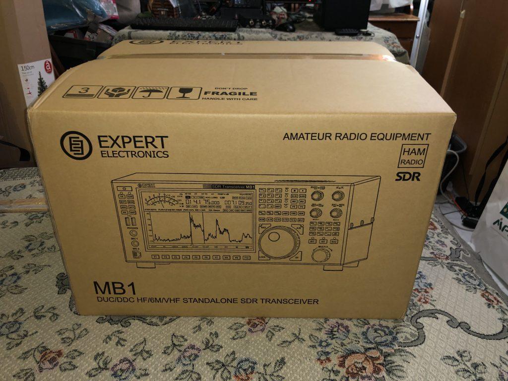 Expert Electronic MB1 rádió dobozában